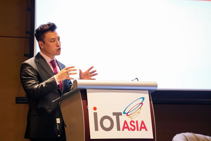 Scott Amyx Speaking on Human Data Analytics at IoT Asia in Singapore