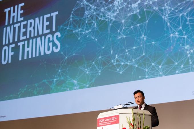 scott-amyx-m2m-summit-internet-of-things
